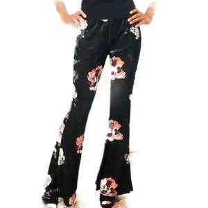 🍍🍍Floral crushed velvet pants, LARGE Hot GaL